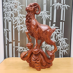 Tượng con dê gỗ hương cao 40 cm