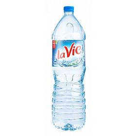 Nước uống đóng chai Lavie - chai 1.5L
