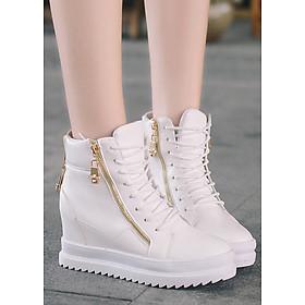 Boot nữ đế trệt độn đế màu trắng trẻ trung GBN2001