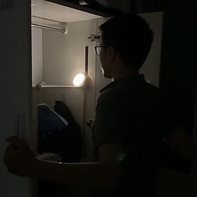 Đèn cảm ứng tự động sáng và tắt khi có người đến gần, không dây , dùng pin