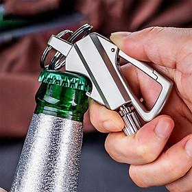Móc khóa đa chức năng với que đánh lửa và hộp chứa dầu hỏa tích hợp dụng cụ mở nắp chai chuyên dụng cho dã ngoại cắm trại