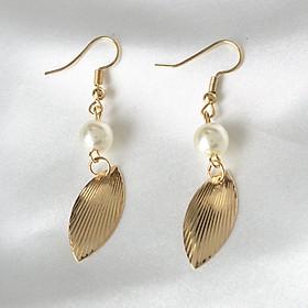 Women Simple Vintage Style Gold Leaf Pearl Earrings