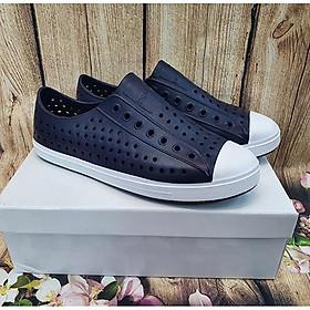 Giày sneaker nữ GV018