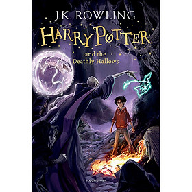 Harry Potter And The Deathly Hallows - Harry Potter và Bảo bối tử thần (English Book)
