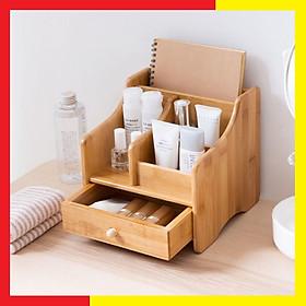 Tủ kệ gỗ Mini đựng Mỹ Phẩm bằng gỗ Tre Tự Nhiên đẹp và chắc chắn,Nhiều ngăn có thể đựng các vật dụng khác như điều khiển,bút,có khay sau lưng đựng Sách hay Vở ,Có ngăn kéo tiện dụng - Hộp gỗ Đựng Mỹ phẩm