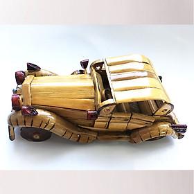 Mô Hình Xe Hơi Classic Tre Vàng Handmade
