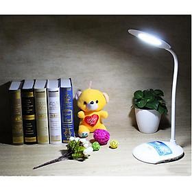 Đèn bàn bảo vệ thị lực, có cổng sạc USB kết hợp sạc điện thoại KM-S603