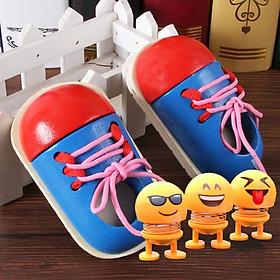 Đồ Chơi Đôi Giày Bằng Gỗ Cho Bé Học Buộc Dây Luyện Tay Khéo Léo Tặng Kèm Con Lắc Lò Xo Emoji Trang Trí