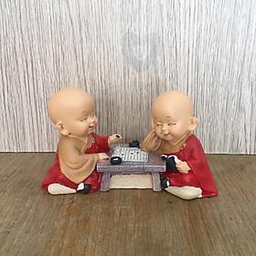 Bộ tượng 2 chú tiểu yêu đời - Đánh cờ