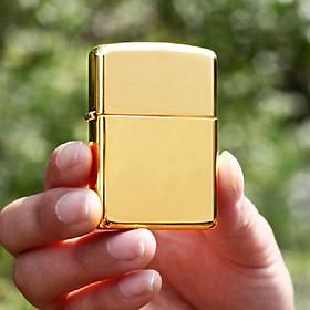 Hộp quẹt Bật lửa màu vàng đồng trơn bóng