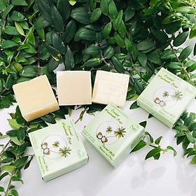 Xà phòng handmade Adeva Naturals - Xà bông sữa dừa (3 bánh - 100 gr/ 1 bánh) - Xà phòng handmade với thành phần từ thiên nhiên, an toàn dịu nhẹ, cho làn da mềm mại - Không gây khô rít da