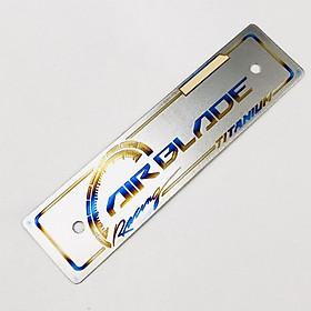 Bảng tên Titan Air Blade