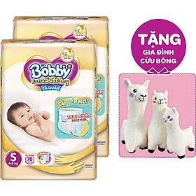 Combo 2 Tã Quần Cao Cấp Bobby Extra Soft Dry S70 (70 mếng) - Tặng 1 set Gia Đình Cừu Bông (3 món)