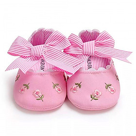 Giày tập đi thêu hoa có đính nơ công chúa cho bé gái – TD14