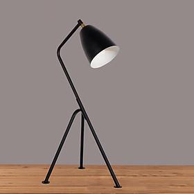 Đèn để bàn thiết kế 3 chân QT002 + Bóng LED NATURAL LAMP