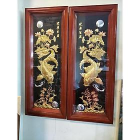 Bộ tranh phong thủy cá chép trông trăng - cá chép và hoa sen bằng đồng