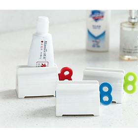 Dụng cụ lấy kem đánh răng chống lãng phí ( màu ngẫu nhiên )