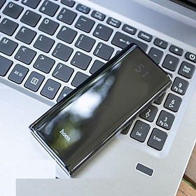 Pin dự phòng Power Bank sử dụng 2 cổng sạc đầu ra USB sạc đồng thời cho 2 thiết bị giúp giảm thiểu thời gian sạc ( Đen)  - Hàng chính hãng