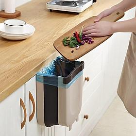 Thùng rác treo tủ bếp thông minh có thể gấp gọn rất tiện lợi - Giao màu ngẫu nhiên