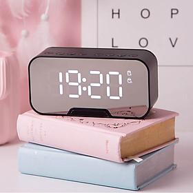 Loa bluetooth kiêm đồng hồ báo thức, nhiệt độ, đài FM, giá đỡ điện thoại (Giao màu ngẫu nhiên)