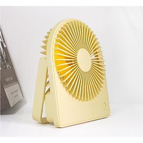 Quạt để bàn mini có đèn - sản phẩm thiết yếu cho dân văn phòng (màu ngẫu nhiên)