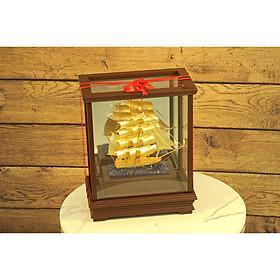 Quà tặng phong thủy để bàn làm việc - Mô hình thuyền buồm vàng lá 24k
