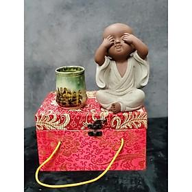 Tượng Chú tiểu không nhìn (Tặng kèm ly trà gốm Nhật) - CT05