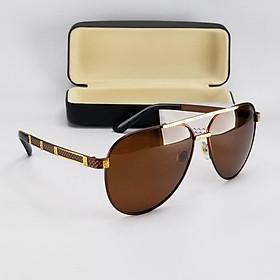 Mắt kính mát nam màu nâu trà DKY70024TR. Tròng Polarized phân cực chống tia UV, gọng kim loại không gỉ.