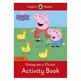 Peppa Pig: Going on a Picnic Activity Book - Ladybird Readers Level 2 (Paperback)