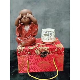 Tượng Chú tiểu không nhìn (Tặng kèm ly trà gốm Nhật) - CT06