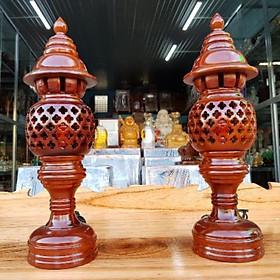 Cặp đèn thờ gỗ tràm bông vàng cao 41 cm