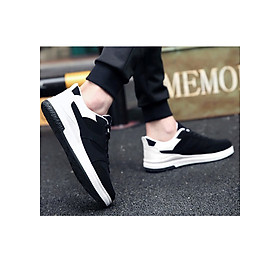 Giày thể thao phối trắng-đen Haint Boutique 141-5