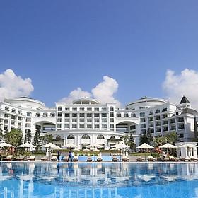 [Ưu đãi 2021 - Giá mùa thấp điểm] - Vinpearl Resort & Spa Hạ Long 5*.  Trọn gói ăn ba bữa, cùng nhiều tiện ích hấp dẫn khác.