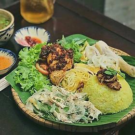 Gà Lên Mâm Nửa Con Tại Cô Quyên Xứ Quảng Tại Asian Food-TT GIGAMALL