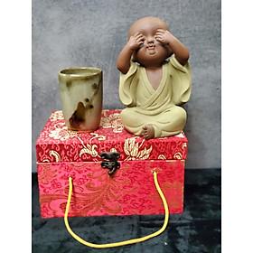 Tượng Chú tiểu không nhìn (Tặng kèm ly trà gốm Nhật) - CT10
