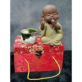 Tượng Chú tiểu không nói (Tặng kèm ly trà gốm Nhật - CT04