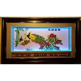 Tranh lịch vạn niên thêu ,hoa khai phú quý(đèn LED-2015)