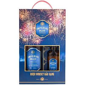 Rượu Whisky Imperial Blue 700ml + 180ml 29.5% - Phiên Bản Hộp Quà Tết 2021