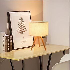 Đèn ngủ để bàn RIVER đế gỗ 3 chân VINTAGE (có kèm theo bóng)