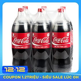 Lốc 6 Chai Nước Giải Khát Có Gas Coca-Cola (2.25L / Chai)