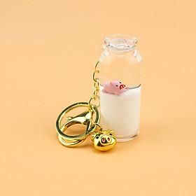 Móc Khóa Heo Con Trong Bình Sữa