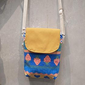 Túi đeo chéo nữ họa tiết thổ cẩm có nắp hít, có khóa kéo