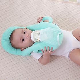 Gối kê đầu cho bé uống sữa đa năng ( Tặng 01 lục lạc gỗ phát tiếng vui nhộn cho bé )