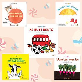 Combo 5 cuốn Ehon Nhật Bản cho bé làm quen với đồ vật, con vật, rau củ quả,…. Bao gồm: Ai thân thiết với ai, Cùng chơi nào, Vươn lên vươn lên, Xe buýt Bento, Tay nào có tay nào không?