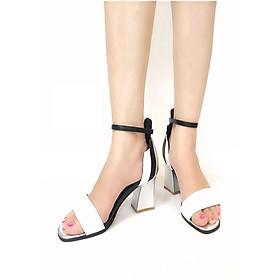 Giày sandal quai trắng