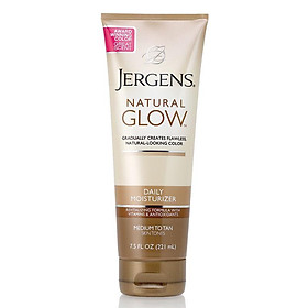 Jergens Natural Glow Daily Moisturiser Medium to Tan Skin Tones 221ml
