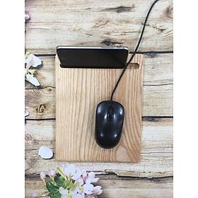 Lót chuột máy tính bằng gỗ có đồ kê điện thoại, smartphone