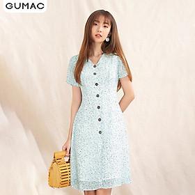 Đầm nữ GUMAC DA1096 thiết kế cổ V nút gỗ trẻ trung
