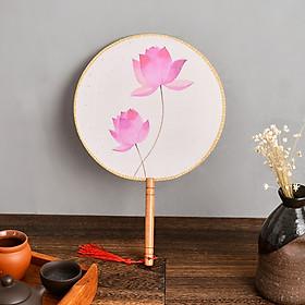 Quạt tròn cổ trang thân gỗ bông sen hồng