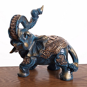 Tượng voi cầm nậm rượu
